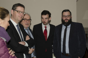 Am Ende blieb Zeit für Gespräche: Thorsten Schäfer- Gümbel mit dem Rothenburger Ortsvorsitzenden Günther Schuster sowie den stv. Kreisvorsitzenden Christoph Rösch und Hans Unger